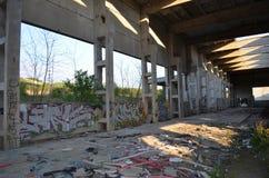 Vieux bâtiment industriel abandonné image stock