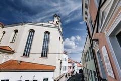 Vieux bâtiments de ville de Vilnius Images libres de droits