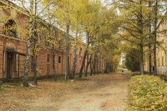 Vieux bâtiments militay historiques en Lettonie Images libres de droits