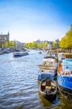 Vieux bâtiments traditionnels à Amsterdam, Netherland Images stock