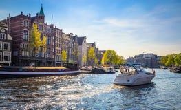 Vieux bâtiments traditionnels à Amsterdam, Netherland Photo libre de droits