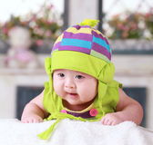 Vieux bébé asiatique de trois mois mignon heureux Image libre de droits