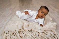 Vieux bébé garçon de trois mois d'Afro-américain Photographie stock
