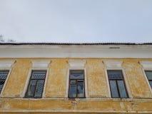 Vieux b?timent architectural Un b?timent r?sidentiel antique dans la ville images stock