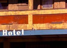 Vieux balcon d'hôtel dans le fort MacLeod Alberta Photo libre de droits