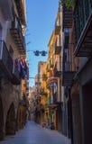 Vieux balcons étroits quarts de rues de Balaguer Image libre de droits