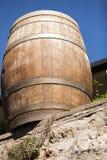Vieux baril pour le vin images libres de droits