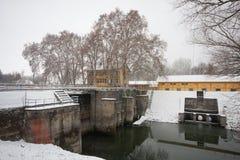 Vieux barrage Photographie stock libre de droits