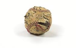 Vieux base-ball endommagé Photo stock