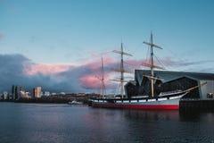 Vieux bateau sur la rivière Clyde Images libres de droits