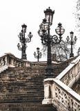 Vieux beaux réverbères à Bologna, Italie Photographie stock libre de droits