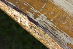 Vieux bois âgé de brun jaune Backgound et texture image stock