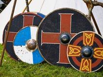 Vieux boucliers en bois de Viking Image stock