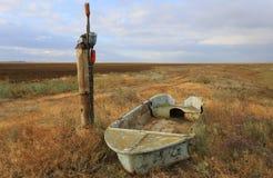 Vieux brocken le bateau Photos stock