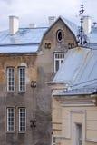 Vieux bâtiment dans Tallin (avec la palette de temps) Image libre de droits