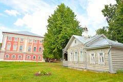 Vieux bâtiment en bois dans la partie centrale de Vologda Image stock