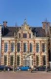 Vieux bâtiment historique sur la place d'Ossenmarkt à Groningue Image libre de droits