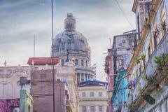 Vieux bâtiments de La Havane et dôme de capitol Photo stock
