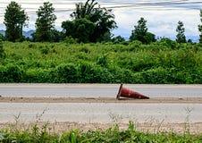Vieux cônes du trafic Image libre de droits