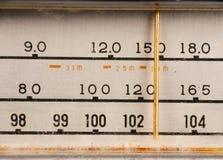 Vieux cadran par radio Image libre de droits