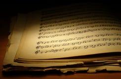 Vieux cahier de musique photographie stock libre de droits