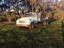 Vieux camion de Bedford Images libres de droits