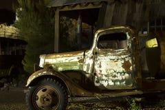 Vieux camion - lumière peinte Image stock