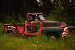 Vieux camion rouillé Photographie stock libre de droits