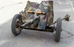 Vieux canon antichar soviétique de 45 millimètres Image stock