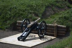 Vieux canon en bronze Photo stock