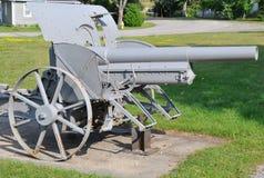 Vieux canon en métal Photo stock