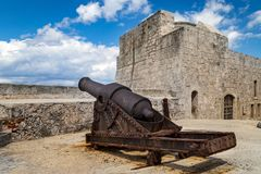 Vieux canons images stock