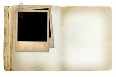 Vieux carnet indiqué avec la vieille photo images stock