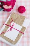 Vieux carnet pour des notes d'amour et des boules de fil Photographie stock libre de droits