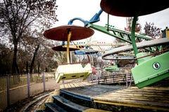 Vieux carrousel en parc de dendro, Kropyvnytskyi, Ukraine image libre de droits