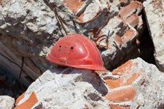 Vieux casque de construction Photo libre de droits