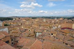 Vieux centre de la ville toscan de Sienne, Italie photos stock