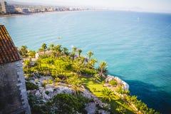Vieux château espagnol de forteresse par la mer Photos stock