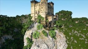 Vieux château fantsay sur une haute falaise, roche Silhouette d'homme se recroquevillant d'affaires Paysage fabuleux banque de vidéos