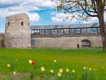 Vieux château médiéval d'Izborsk en Russie images libres de droits