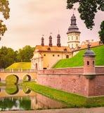 Vieux château médiéval dans Nesvizh, Belarus images libres de droits