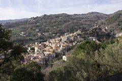 Vieux château normand du ` s, et ville médiévale, Lamezia Terme, Calabre, Italie Images stock