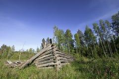 Vieux champ et grange Photographie stock libre de droits