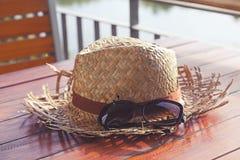 Vieux chapeau d'armure Images stock