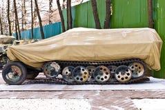 Vieux char d'assaut de militaires de la Russie Photographie stock