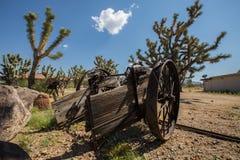 Vieux chariot abandonné dans le désert de l'Arizona Photographie stock libre de droits