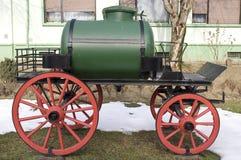 Vieux chariot d'eau images libres de droits