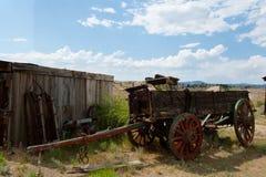 Vieux chariot en bois Image stock