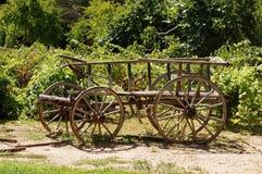 Vieux chariot en bois Photographie stock libre de droits