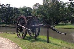 Vieux chariot en bois photo stock